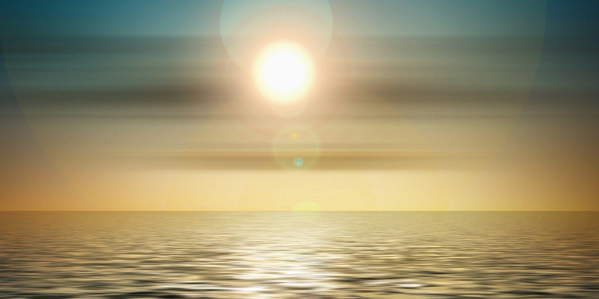 Verwurzelt im traditionellen Hatha Yoga und inspiriert von weiteren Yogarichtungen biete ich für Kinder und Erwachsene abwechslungsreiche Yogastunden, deren Schwerpunkt auf der Verbindung von bewusster Bewegung und Atmung und achtsamer Wahrnehmung liegt. Klangmassagen, Klangreisen und Pranabehandlungen ermöglichen tiefe Entspannung, körperliche Erholung und eine veränderte Selbstwahrnehmung. Ich glaube, dass wir einen Funken (...) ewigen Lichts in uns tragen (...). Diesen Funken in uns zur Flamme werden zu lassen und das Göttliche in uns zu verwirklichen, ist unsere höchste Pflicht. Johann Wolfgang von Goethe Namasté